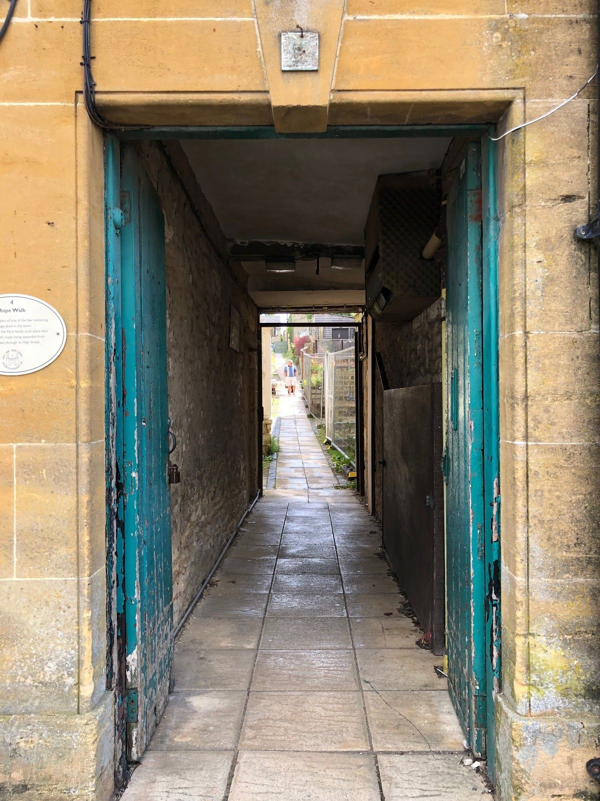 Alley way in Chipping Norton
