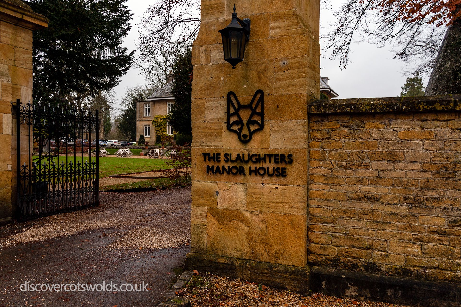 Entrance to the Slaughters Manor House