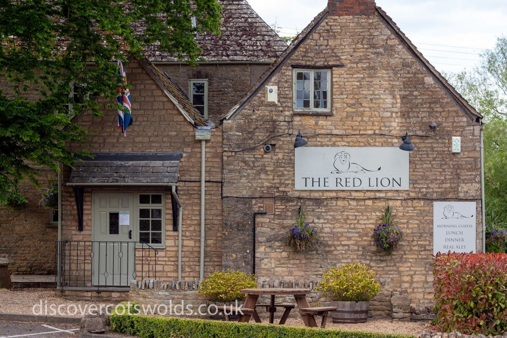 The Red Lion Inn, Long Compton