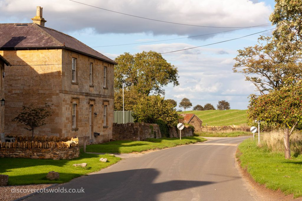 Road heading out of Broad Campden towards Blockely