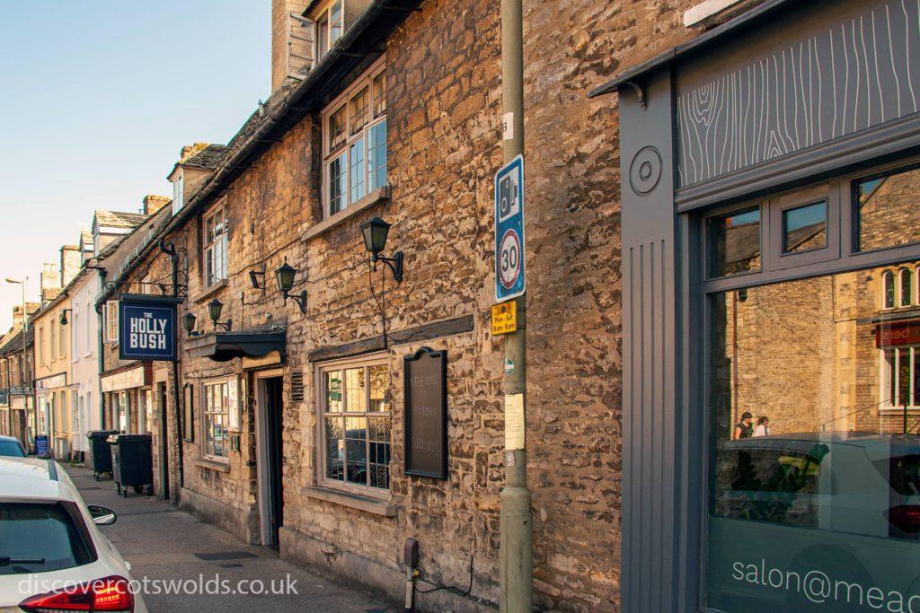 The Hollybush pub in Witney