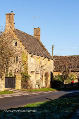 Large house in Broadwell, Cotswolds